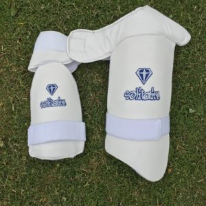 Solitaire Thigh Guard Set